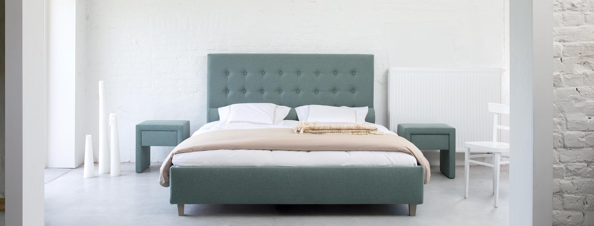 literie haut de gamme simmons simmons tout sur la literie. Black Bedroom Furniture Sets. Home Design Ideas